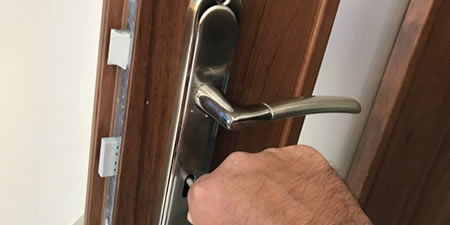 Chiswick locksmith supply and fit BS3621 Sash-Locks